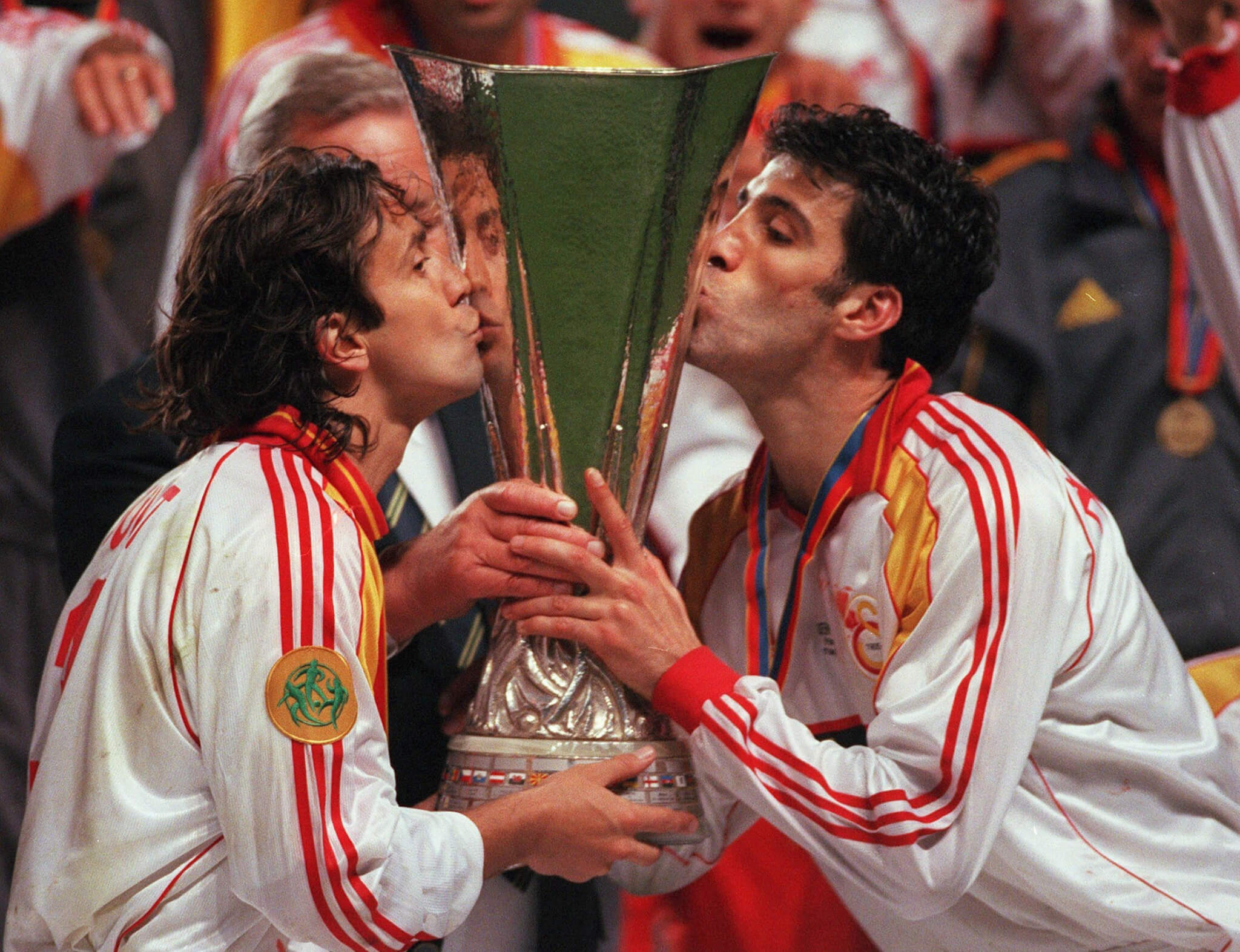 2000 UEFA KUPASI ŞAMPİYONU GALATASARAY