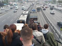 Bir Ritüel: Metrobüs Dramı